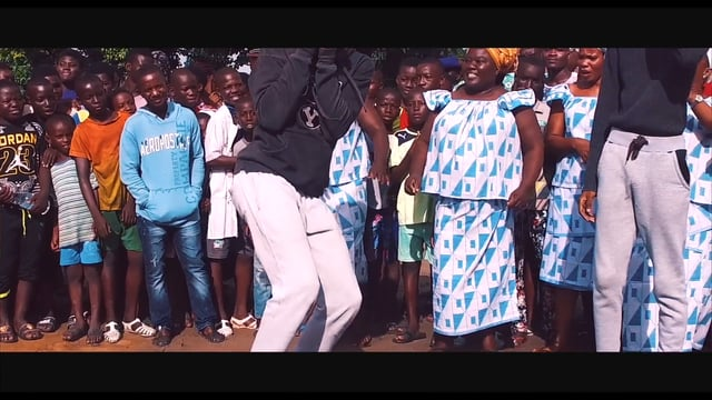 Kiff no beat maman j 39 ai fait quoi afro video for Chambre 13 kiff no beat parole