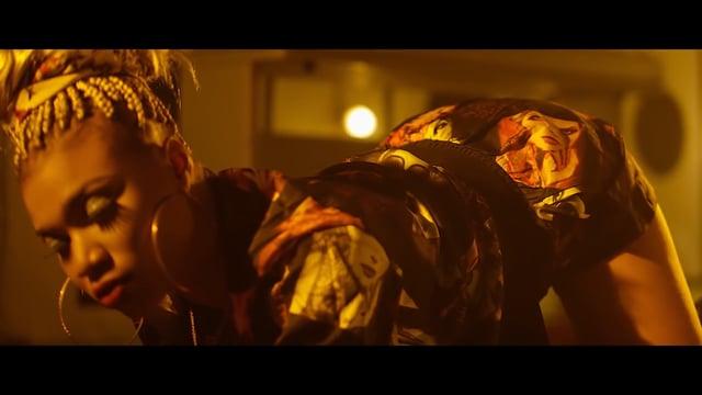 Mr Leo ft  Flavour – Jamais Jamais (Remix)